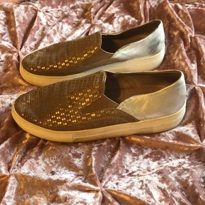 💐Vince Camuto Leather Slip-On Sneakers 8.5💐